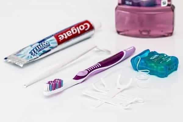 akcesoria do pielęgnacji zębów