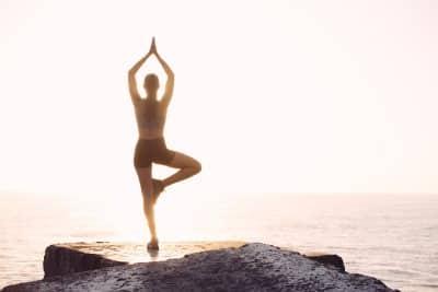 joga na brzegu