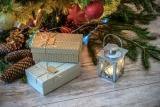 Prezenty na Boże Narodzenie – co wybrać? Jakie są najpopularniejsze podarki?