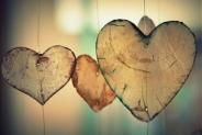 Prezent na Walentynki – co wybrać dla kobiety i mężczyzny?